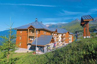 saint-francois-longchamp-belle-vue-exterieur-ete-941